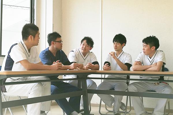 男性看護師座談会、開催